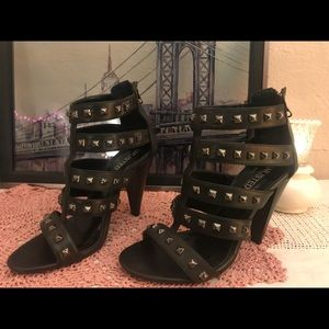 4inch Heels by Unlisted
